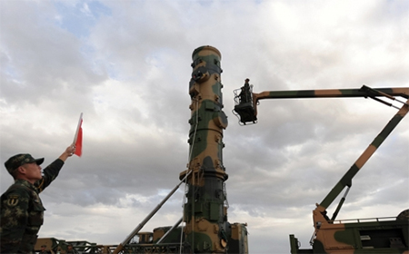 PLA launches a Dongfeng-31 missile in field training.